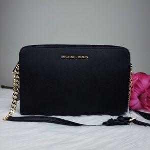 🌺NWT Michael Kors LG EW crossbody bag Black purse